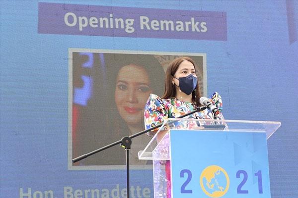 Photo courtesy of TPB Philippines