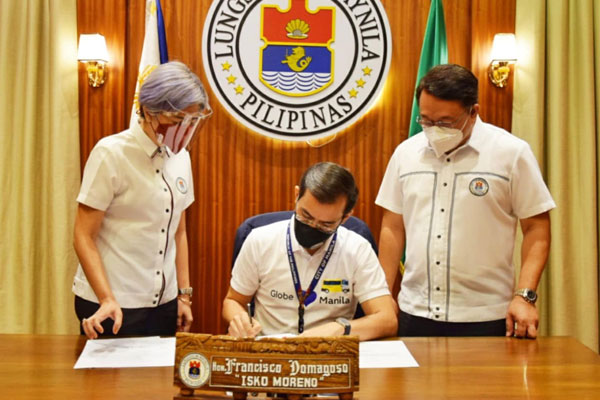 Manila Mayor Domagoso signed Ordinance No. 8692 adopting the shorter curfew hours ahead of the holiday season / Manila PIO