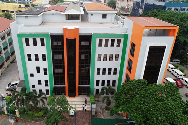 The newly completed a four (4) storey Hall of Justice Annex Building at Barangay Plainview, Mandaluyong City. (Photo courtesy of DPWH-NCR)