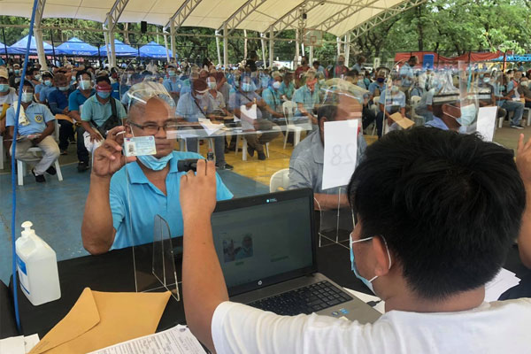 1,520 Traditional PUJ drivers joins service contracting program / LTFRB