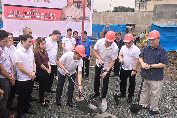 San Juan groundbreaking ceremonies for the city%u2019s first high-rise public housing project