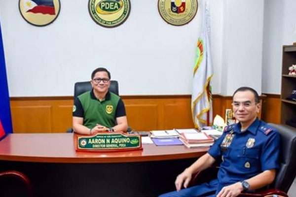 NCRPO head, Maj. Gen. Guillermo Eleazar visits the office of PDEA Director General Aaron Aquino at the PDEA headquarters in Quezon City on Thursday (Sept. 19, 2019) / PNA