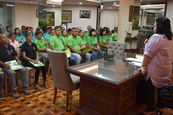 Induction of new HOA officers in Las Pinas City / Las Pinas PIO