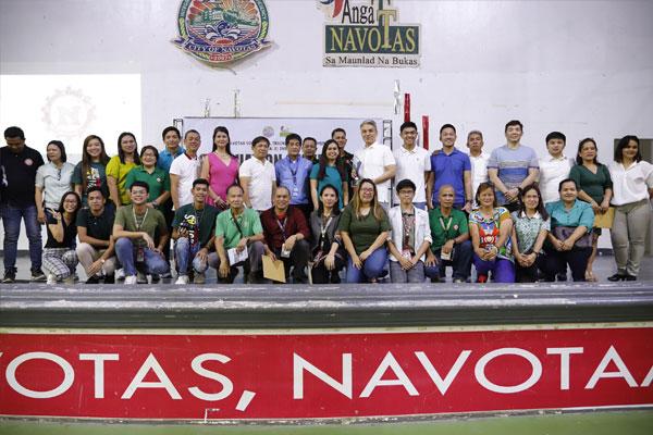 Navotas Vocational Training and Assessment (NAVOTAAS) Institute Graduation / Navotas PIO