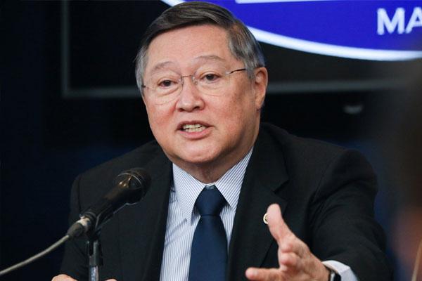 Finance Secretary Carlos Dominguez III