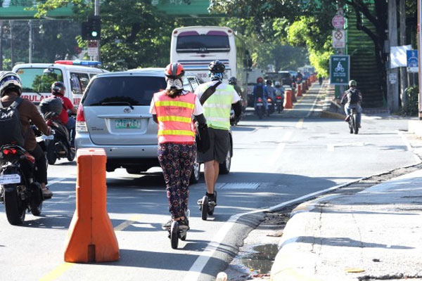 Bike Lane in Metro Manila / Photo Courtesy of PNA