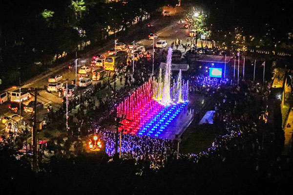 Musical Dancing Fountain at the Bonifacio Shrine / Facebook Page of Mayor Isko Moreno