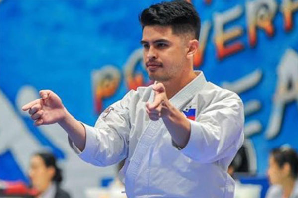 Filipino karateka James De Los Santos / PNA