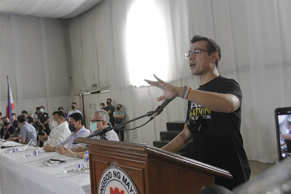 Manila Mayor Francisco Domagoso says Filipino seafarers are the best in the world in his speech during the vaccination rollout for seafarers at the Palacio de Maynila in Roxas Boulevard on Thursday (June 17, 2021) / PNA