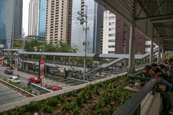 Elevated parkway in Ortigas