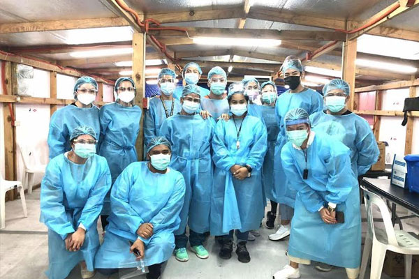 Over 100 doctors and nurses from San Miguel Corporation (SMC) were deployed to 11 Metro Manila vaccination sites that include Mandaluyong City, Malabon City, and Quezon City to help the government in its intensified COVID-19 vaccine rollout. SMC%u2019s healthcare personnel, who helped administer over 55,000 shots to date in these areas, are also preparing for SMC%u2019s COVID-19 vaccination program for its 70,000 employees and extended workforce in the coming months.