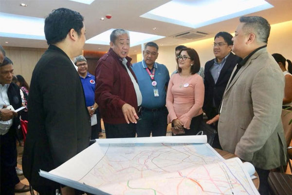 pasay mayor discussion with sec tugade for transport projects