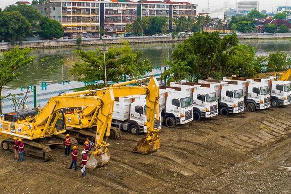 San Miguel Corporation formally launched its P2-billion Pasig River rehabilitation initiative, which will extract 50,000 metric tons of silt and solid waste per month from the historic river, or 600,000 metric tons per year,  using advanced and specialized equipment. The project is supported by the DENR, DPWH, DILG, the Philippine Coast Guard, and Metro Manila local governments, including Manila, Mandaluyong, Makati, and Pasig.