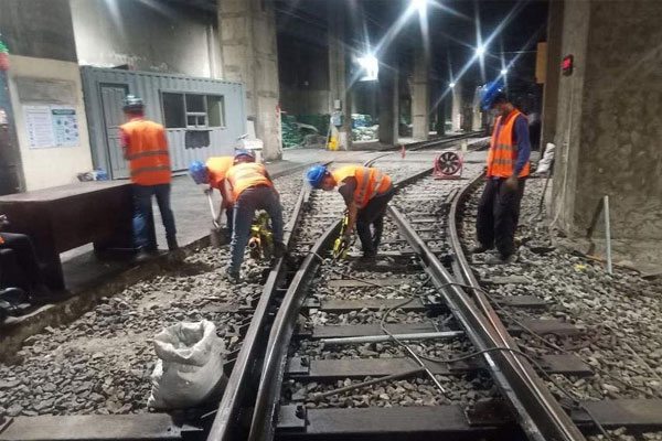 Photo courtesy of: DOTr MRT3
