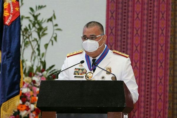 PNP chief Gen. Debold Sinas