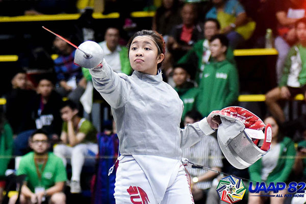 Filipina fencer Samantha Catantan