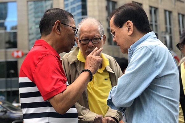 Veterans of the February 1986 EDSA Revolution, including former Vice President Jejomar Binay, former Senators Rene Saguisag and Sergio Osme%uFFFDa III, and former Tourism Secretary Antonio Gonzales, gathered on Tuesday at the Ninoy Aquino statue in Makati to commemorate the 34th anniversary of the peaceful uprising that toppled the Marcos dictatorship