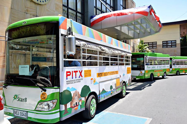 Star 8 Green Technology Corporation provides 10 e-jeepneys to Muntinlupa City to help frontliners and government employees / Muntinlupa PIO
