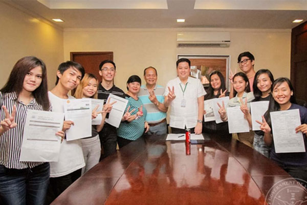 students get scholarships in South Korea