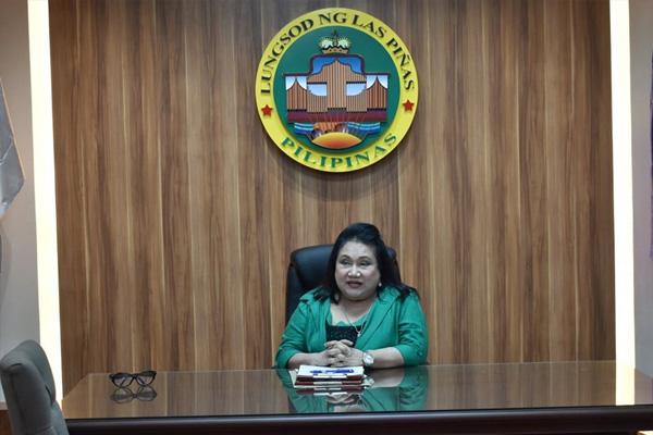 Las Pi%uFFFDas City Mayor Mel Aguilar