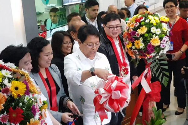 Labor & Employment Secretary Silvestre Bello III opens the One-Stop-Shop for Employment of Foreign Nationals located at the DOLE-NCR office in Malate, Manila. (Photo courtesy of DOLE)