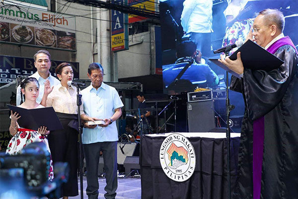 Mayor Binay takes oath for second term