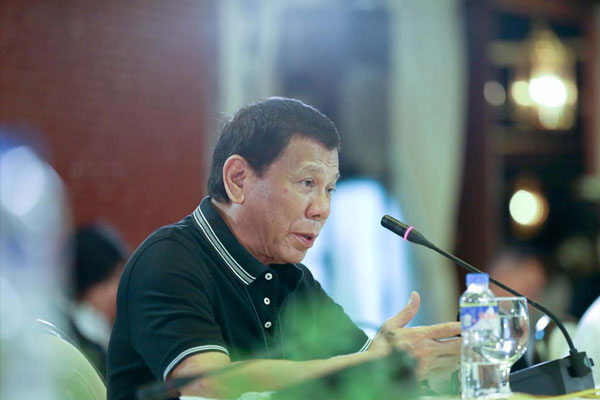 President Rodrigo Roa Duterte presides over a meeting with the Inter-Agency Task Force for the Management of Emerging Infectious Diseases at the Malaca%uFFFDnan Palace on March 16, 2020 / PCOO