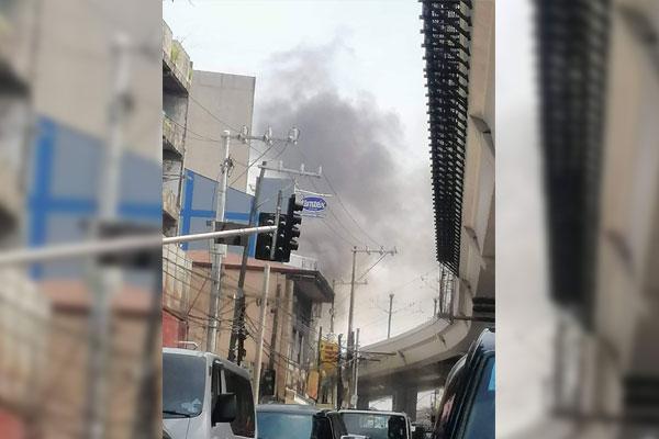 LRT-2 Fire Incident / Twitter / @impaulaquino
