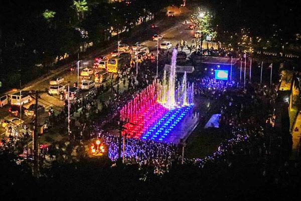Musical Dancing Fountain at the Bonifacio Shrine / Facebook Page of Mayor Isko Moreno